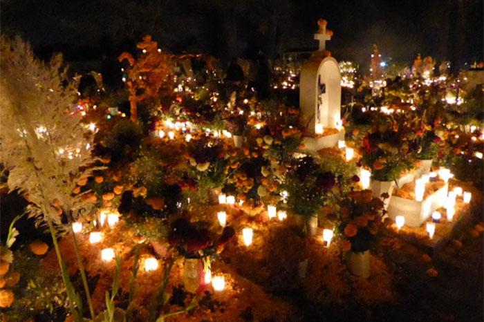 Día De Muertos En Pátzcuaro Vive La Magia De Las: Día De Muertos En Michoacán, La Puerta Del Cielo : La